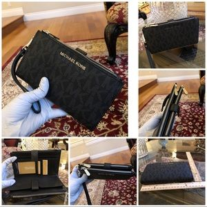 NWT Michael Kors double zip phone wristlet wallet